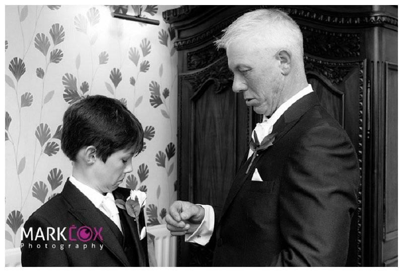 Haselbury Mill Wedding Photography 11